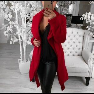 SUPER CUTE EkAttire coat!